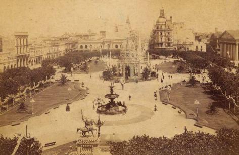 01 IMG Plaza de Mayo AGN 1890.jpg