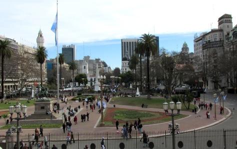 02 IMG Plaza de Mayo Pineda 2014.JPG