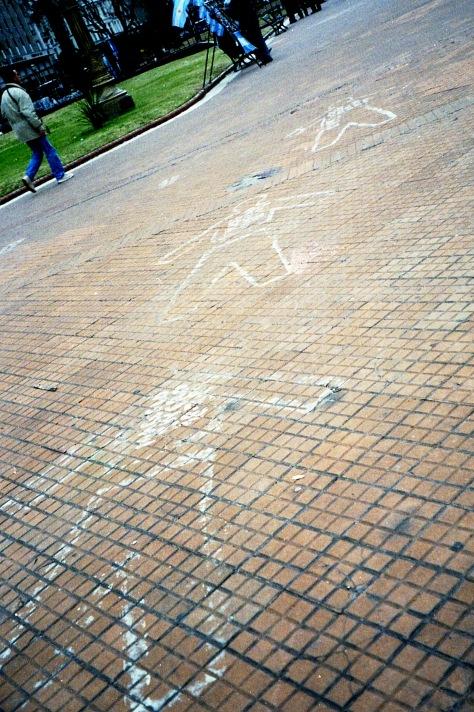 10 IMG Mothers Bodies fade Plaza de Mayo Pineda 2002.jpg