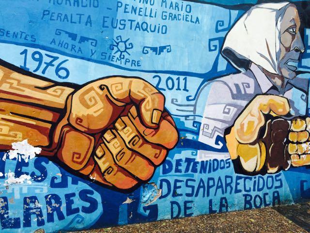 boca moms fist detenidos