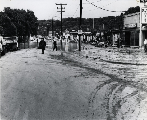 sampson128_arlandria_fourmilerun_flood_21jun1972