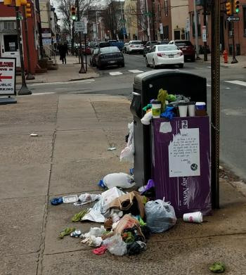 bigbelly-overflowing-with-residential-trash-photo-sent-to-philly311-in-january-2017.0.0.547.610.350.391.c