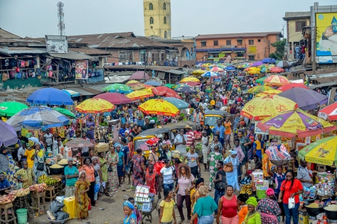 Market_in_Mushin,_Lagos