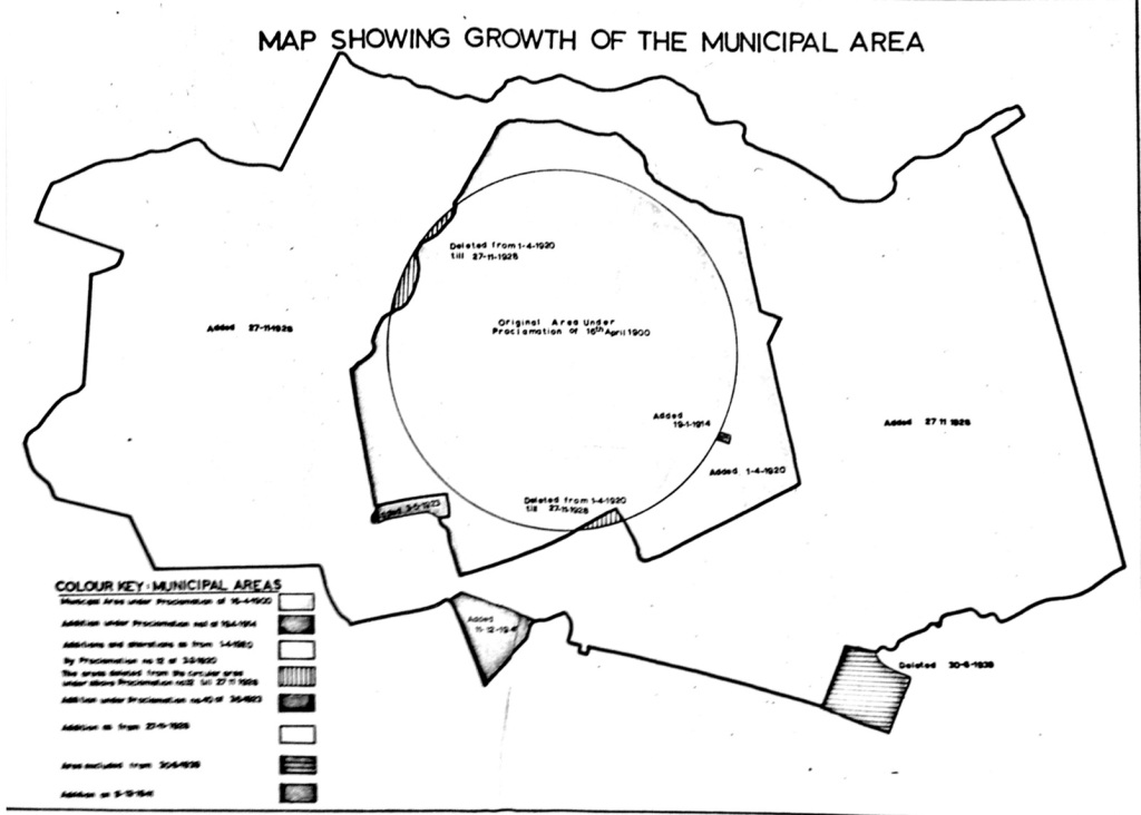A map shows original area of Nairobi from 1900 and areas subsequently added.